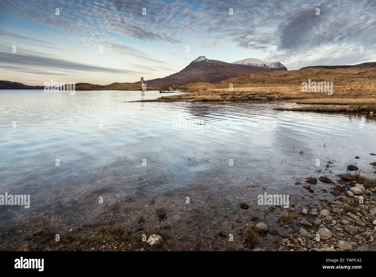 Dawn over Loch Assynt in the Scottish Highlands. - Stock Image