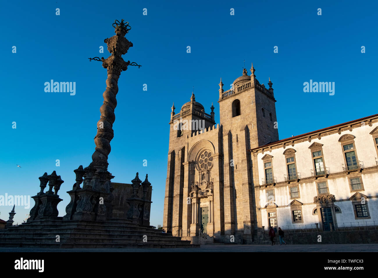 Porto Cathedral (Se do Porto) and part of the facade of Museu do Tesouro da Se do Porto on the right. Porto, Portugal - Stock Image