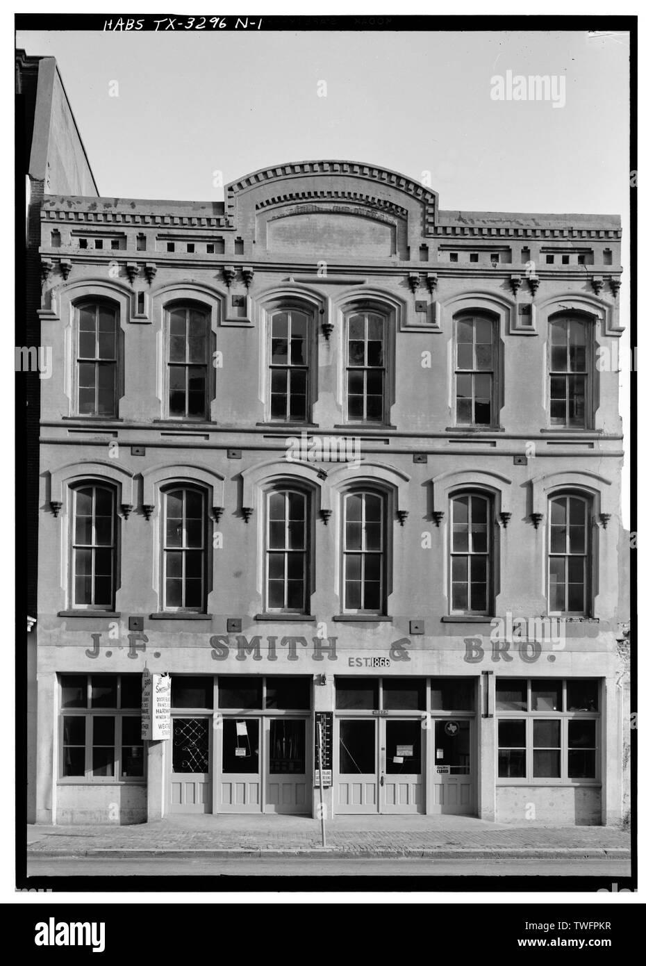PRINCIPAL (NORTH) SIDE - Strand Historic District, Bolton Estate Building, 2321-2323 Strand, Galveston, Galveston County, TX - Stock Image