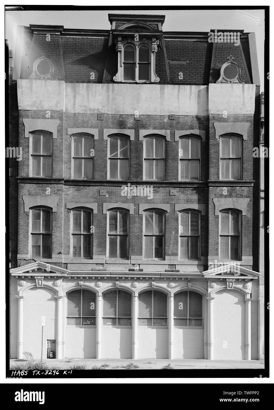 PRINCIPAL (NORTH) SIDE - Strand Historic District, Merchants Mutual Insurance Company Building, 2317-2319 Strand, Galveston, Galveston County, TX - Stock Image