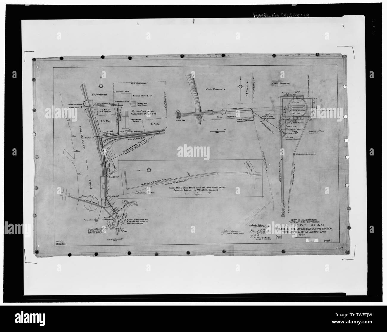 PROJECT PLAN, INTAKE PIER, RAW WATER CONDUITS, PUMPING STATION FORCE MAINS, TREATED WATER PIPELINES, AND FILTRATION PLANT, SHEET 1 OF 117, 1920. - Sacramento River Water Treatment Plant Intake Pier and Access Bridge, Spanning Sacramento River approximately 175 feet west of eastern levee on river; roughly .5 mile downstream from confluence of Sacramento and American Rivers, Sacramento, Sacramento County, CA - Stock Image