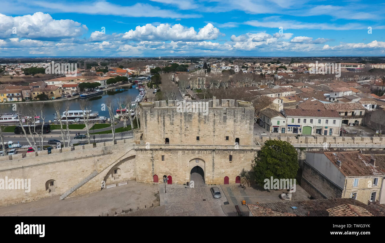 Aerial view of the main gate (Porte de la Gardette) in ancient city of Aigues-Mortes. France. - Stock Image