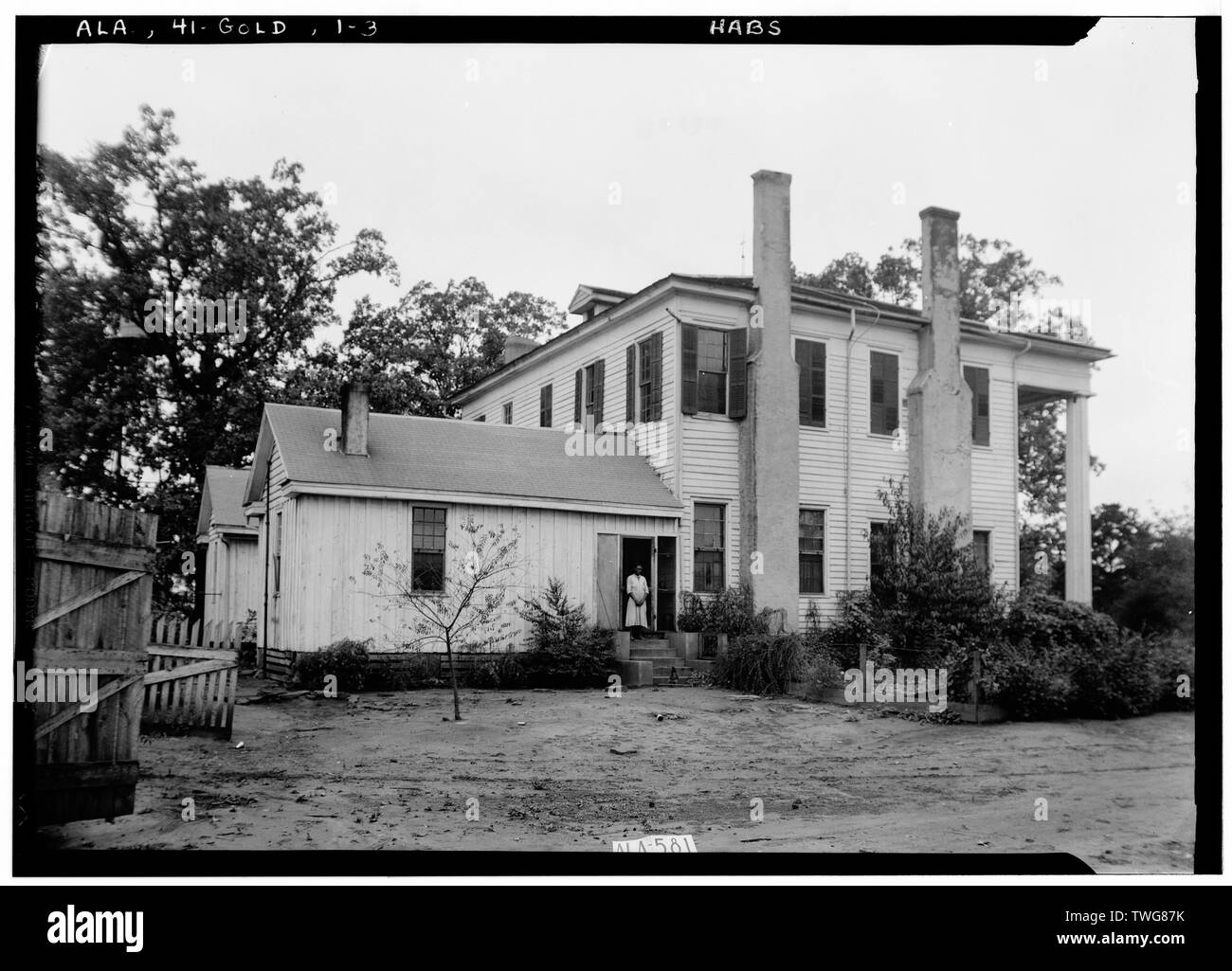 Historic American Buildings Survey W. N. Manning, Photographer, September 10, 1935 REAR (EAST) AND NORTH SIDE - James Ellington House, Oak Bowery Road vicinity, Gold Hill, Lee County, AL - Stock Image