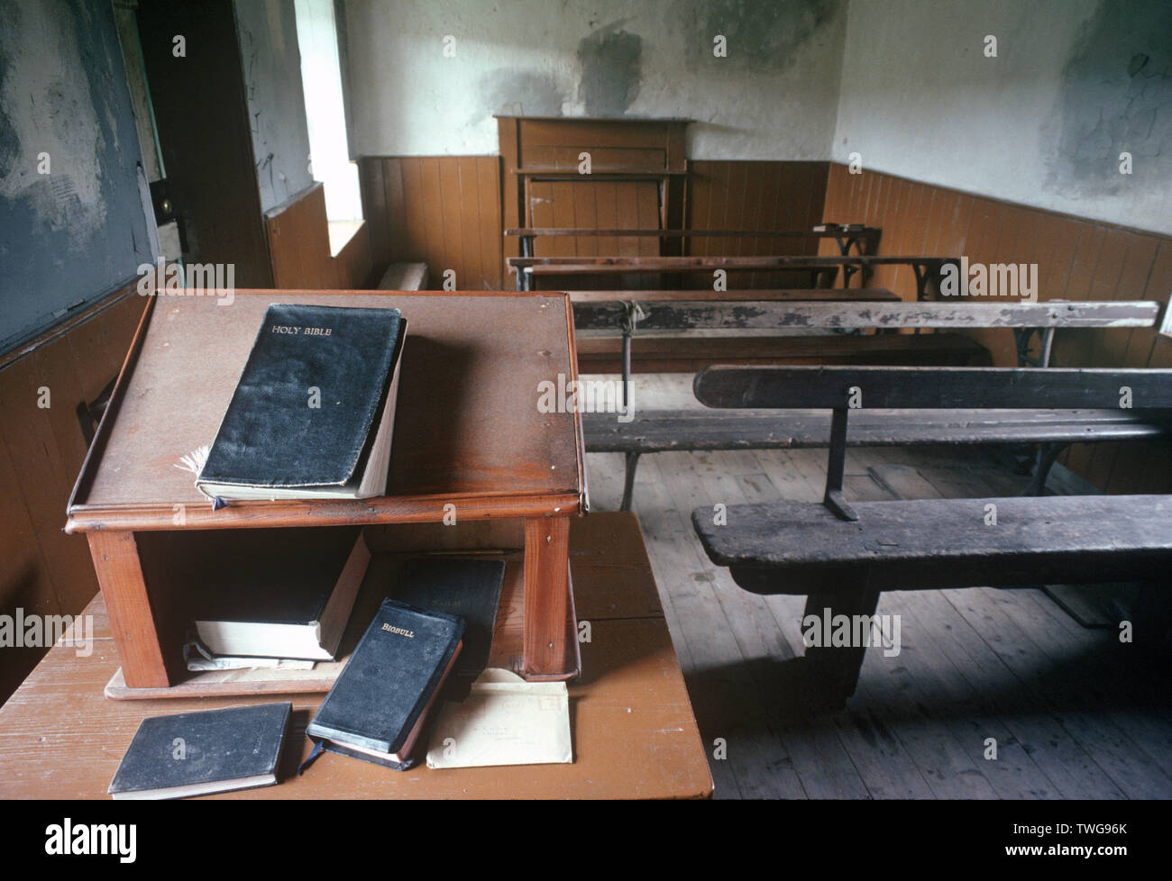 Mission hall on Applecross peninsula, with Bible and the Scottish Gaelic, Biobull, bible - Stock Image