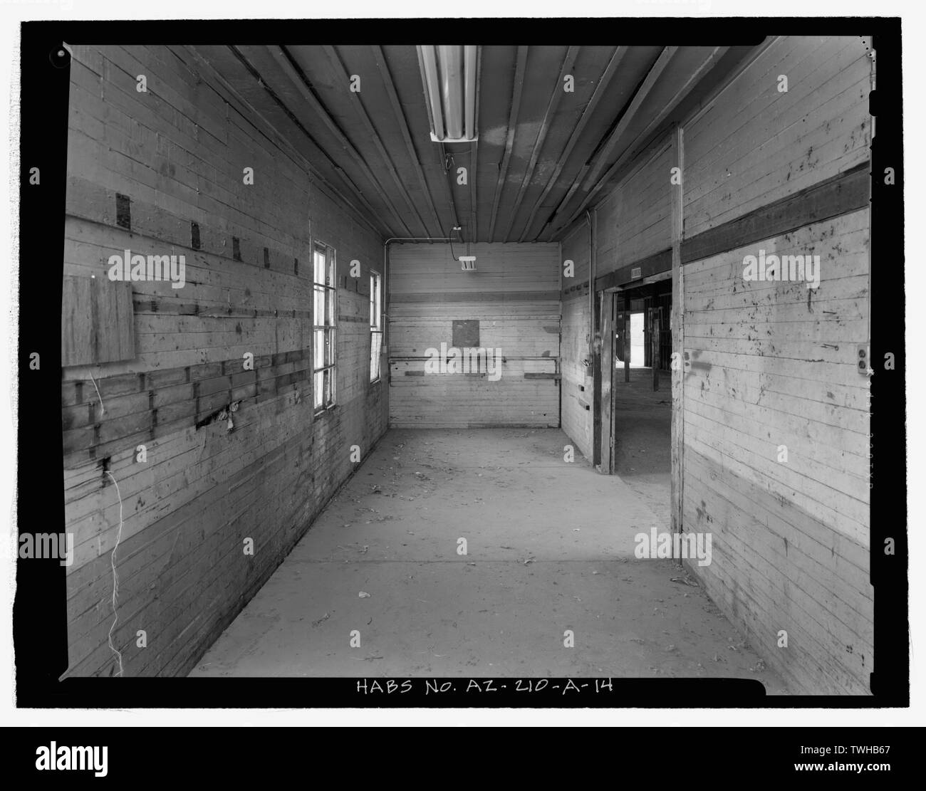 SADDLE ROOM INTERIOR SHOWING BOARD-FACED WALLS AND BOARD-AND-BATTEN CEILING, FROM EAST - Fort Huachuca, Cavalry Stable, Clarkson Road, Sierra Vista, Cochise County, AZ - Stock Image