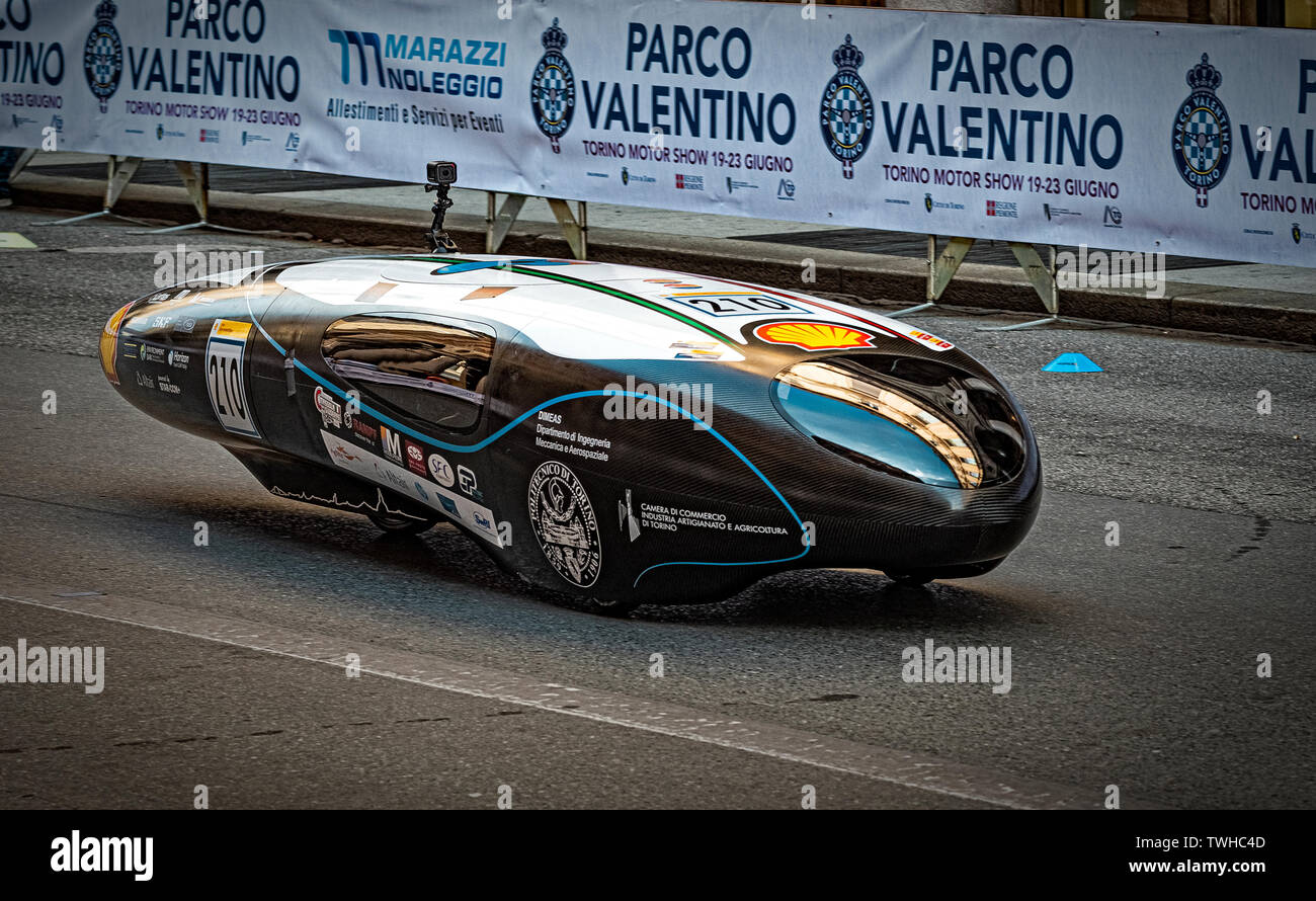 Auto Drives Stock Photos & Auto Drives Stock Images - Page 3 - Alamy