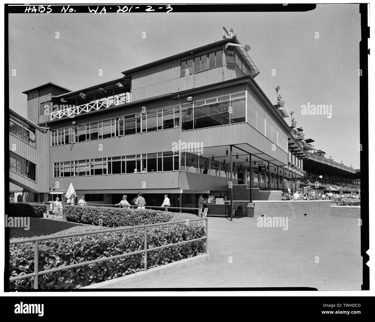 SE corner of south addition to the Clubhouse. Camera pointed NW. Lower level contains the Silks Dining Room. Above that is the Turf Club, which ran throughout all the top floors in the Clubhouse and its additions. On top of the building is fourth and final cupola added to the Clubhouse. (HABS negative is a duplicate negative made from original in the collection of John Stamets, Seattle, WA.) (June 1992) - Longacres, Clubhouse and Additions, 1621 Southwest Sixteenth Street, Renton, King County, WA; Gill, Barry Lee, transmitter - Stock Image
