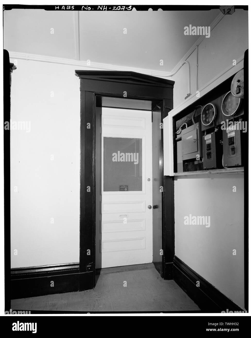 SECOND FLOOR, DETAIL, SOUTHWEST OFFICE DOOR, LOOKING SOUTH - Merchants' Exchange Block, 94-102 North Main Street, Concord, Merrimack County, NH - Stock Image