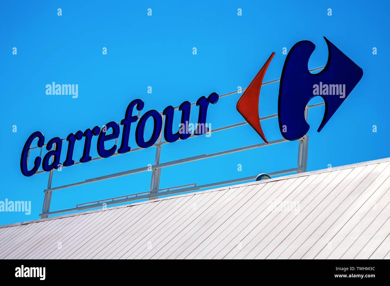 Carrefour Spain Stock Photos Carrefour Spain Stock Images Alamy