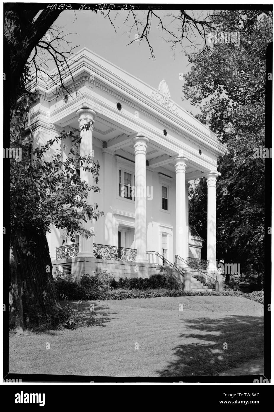 September 1971 DETAIL OF CUPOLA - James E. D. Lanier House, 511 West First Street, Madison, Jefferson County, IN; Costigan, Francis J; Jandoli, Liz, transmitter; Price, Virginia B, transmitter - Stock Image
