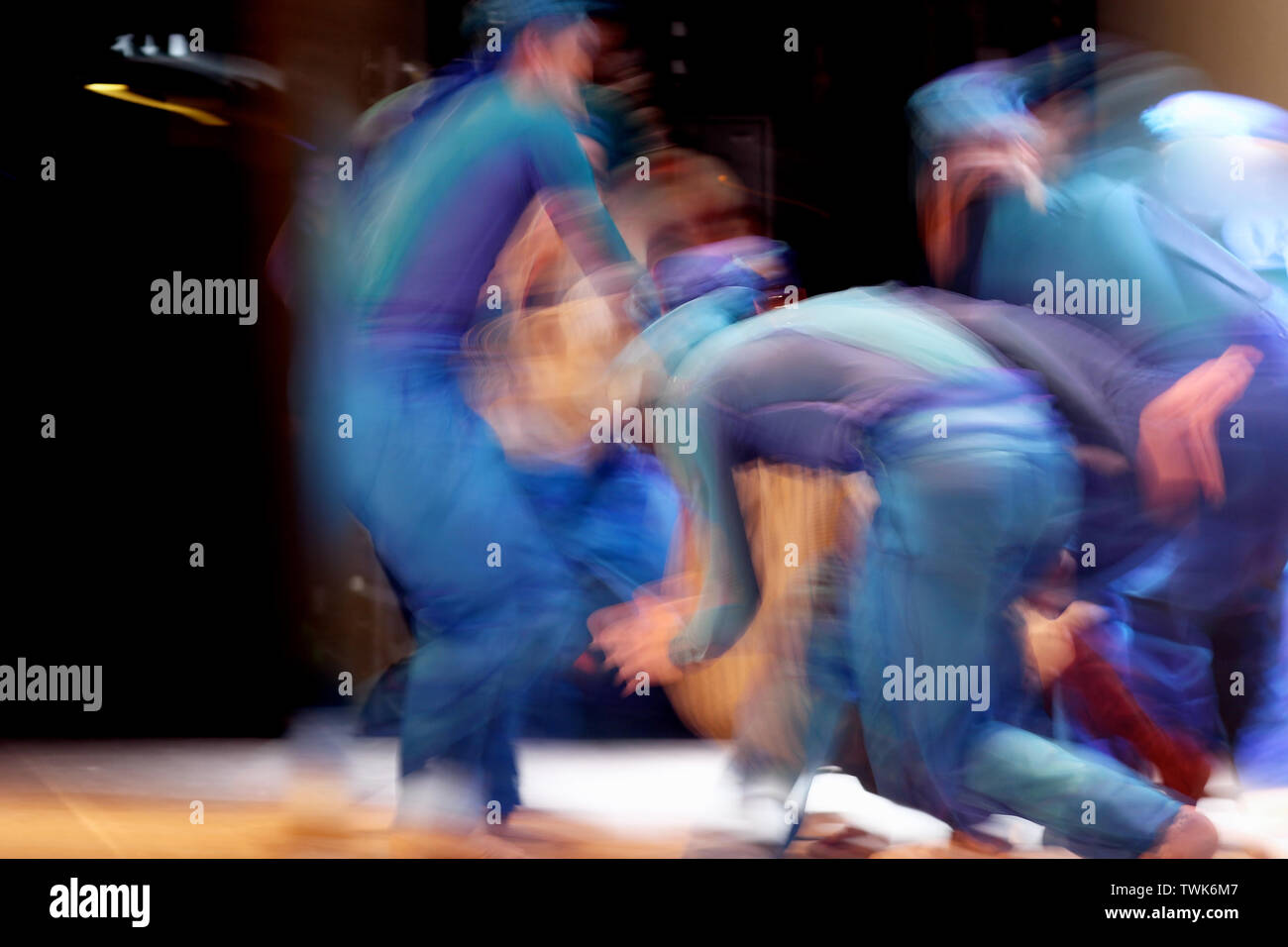 Expressive Dance Stock Photos & Expressive Dance Stock Images - Alamy