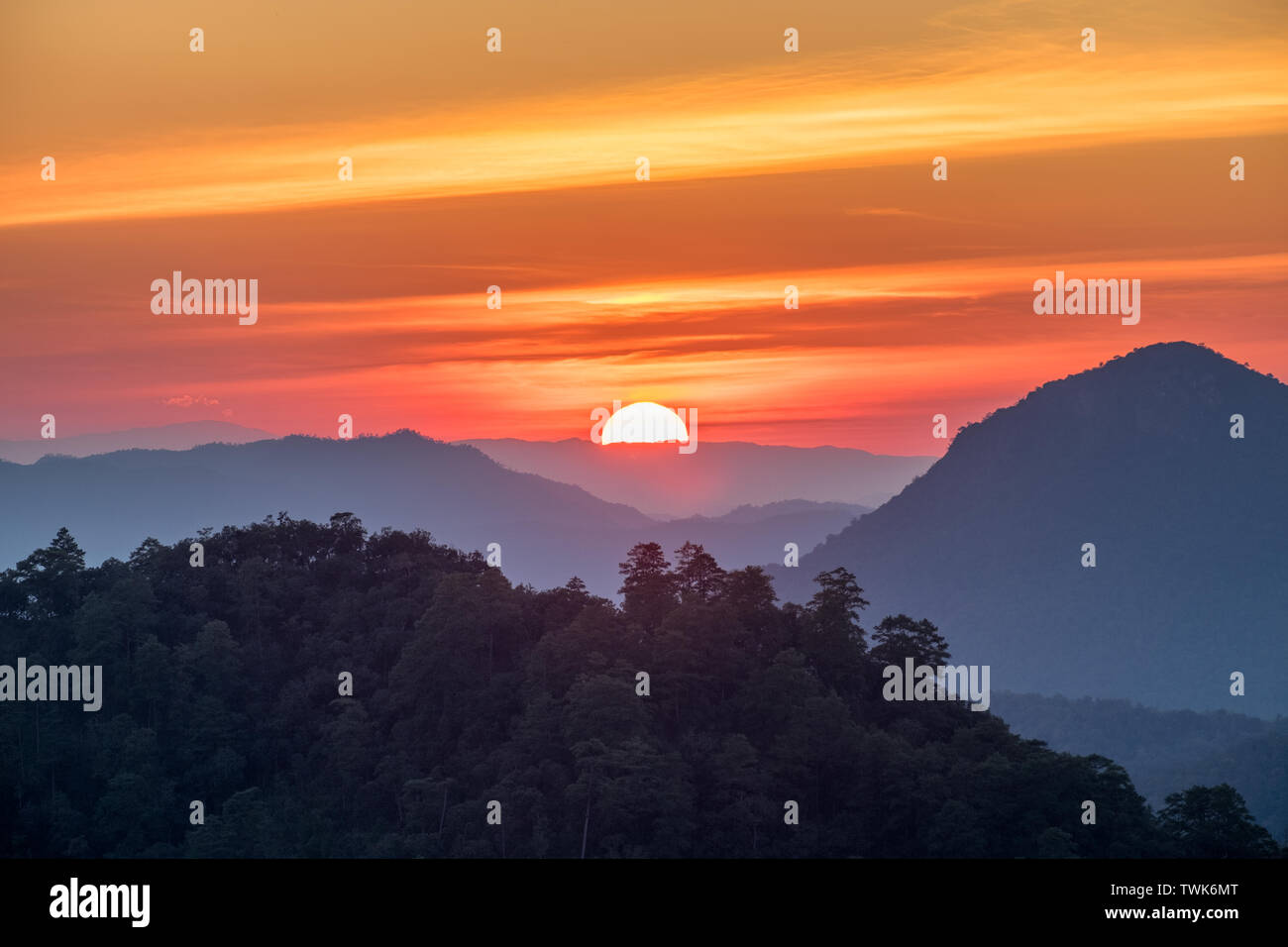 Viewpoint doi kiew lom at sunset,mae hong son,thailand - Stock Image