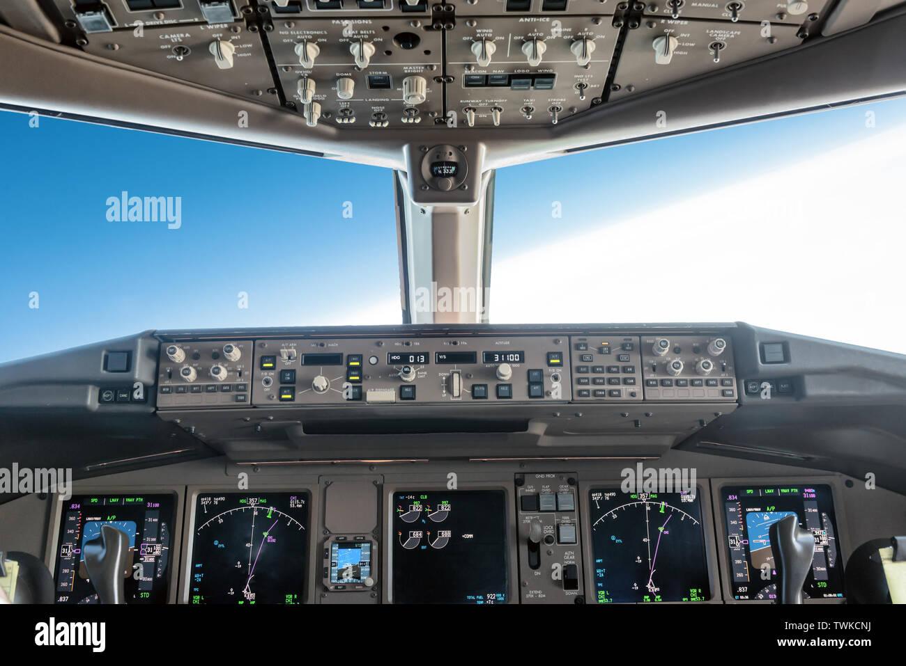 Autopilot Plane Stock Photos & Autopilot Plane Stock Images