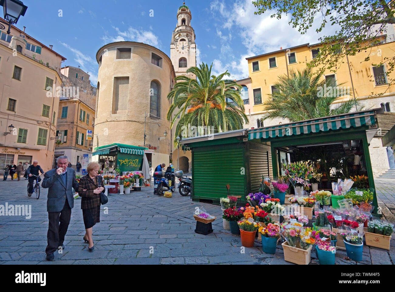 Flower shops at the historical center La Pigna, behind the San Siro cathedral, San Remo, Riviera di PonenteItaly, Liguria, Italy Stock Photo
