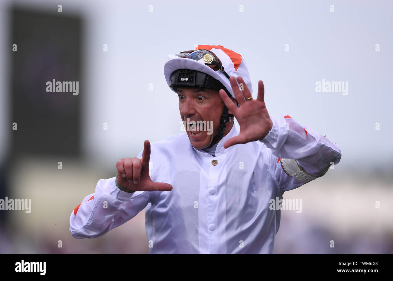 Ascot Racecourse, Windsor, UK. 21st June, 2019. Royal Ascot Horse racing; Race 3; Commonwealth Cup; Advertise Ridden By Frankie Dettori Trained By M Meade wins the Commonwealth Cup and Frankie Dettori celebrates 7 wins at Ascot Credit: Action Plus Sports/Alamy Live News Stock Photo
