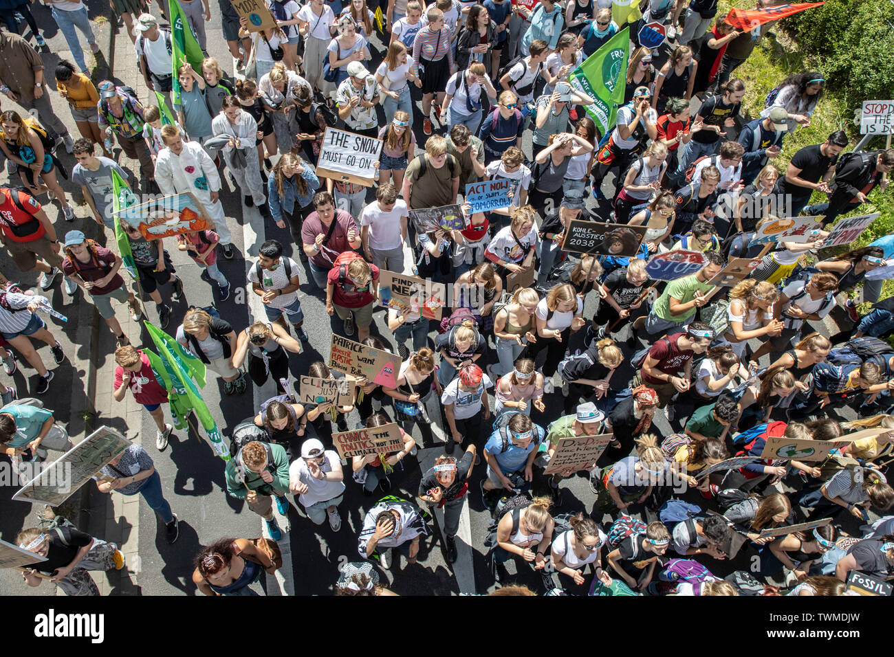 First international climate protection demonstration, climate strike, the movement Fridays for Future, in Aachen, with tens of thousands of participan Stock Photo