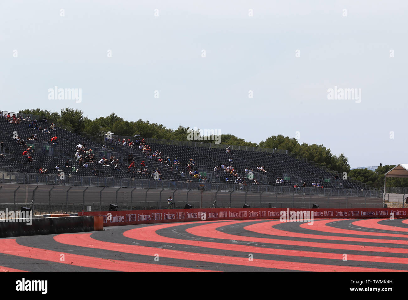Marseille, France. 21st Jun 2019. FIA Formula 1 Grand Prix of France, practice sessions; Fans around the circuit, empty seats Credit: Action Plus Sports Images/Alamy Live News Stock Photo