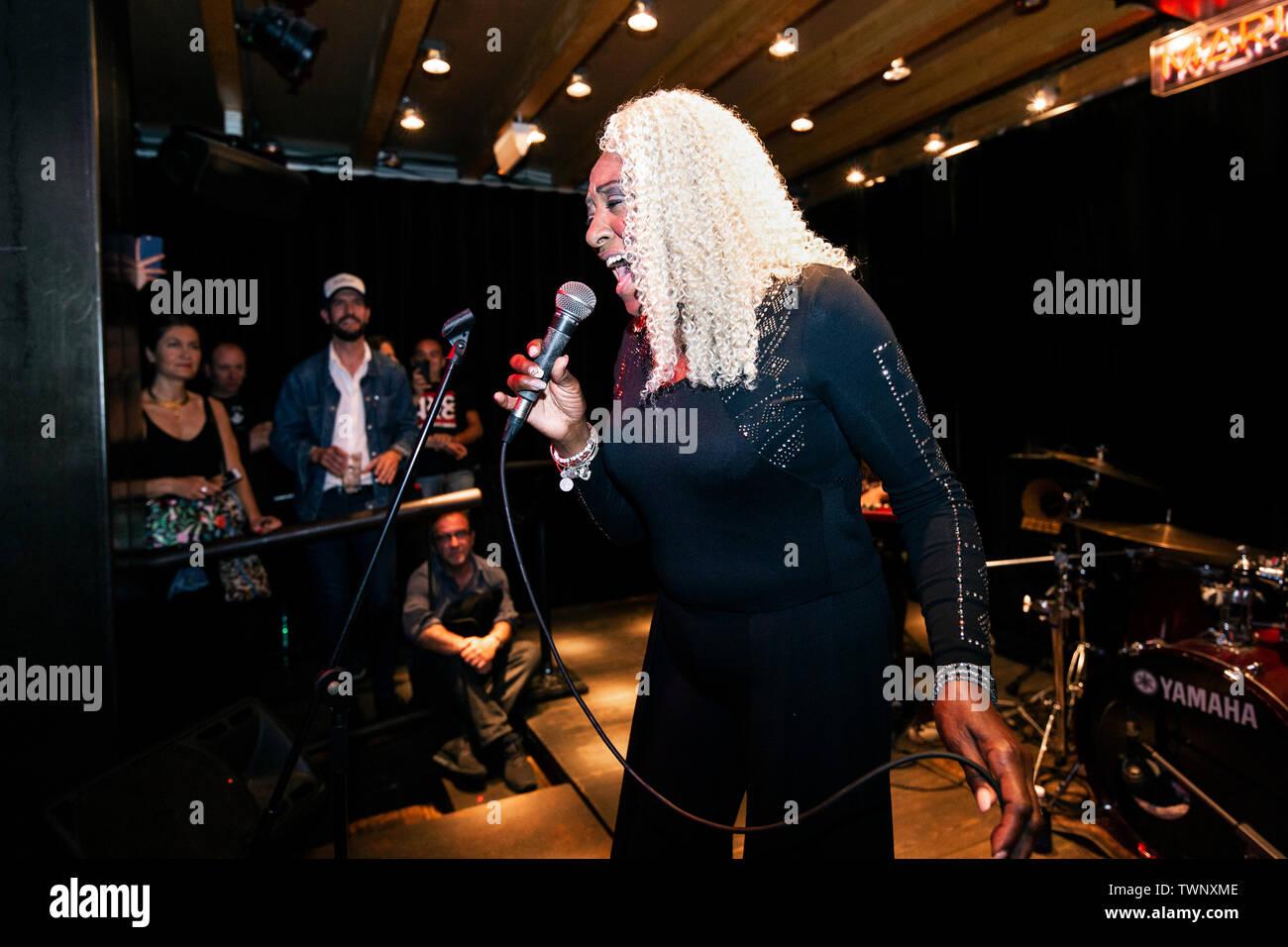 Barcelona, Spain. 15.06.2019. Concert by Martha High in Marula Café. Photographer: Aitor Rodero. - Stock Image