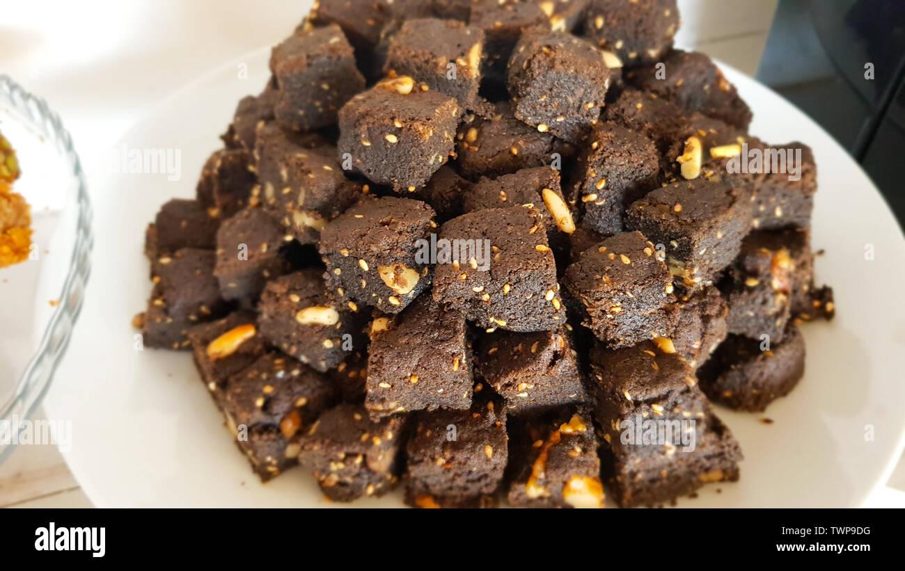 Lebanese Sweets Stock Photos & Lebanese Sweets Stock Images - Alamy