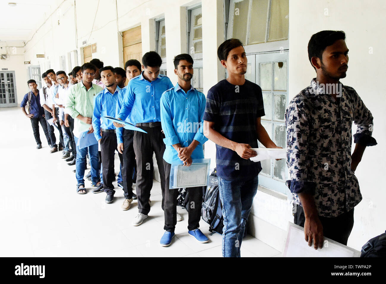 Dhaka, Bangladesh  21st June, 2019  Applicants queue up for
