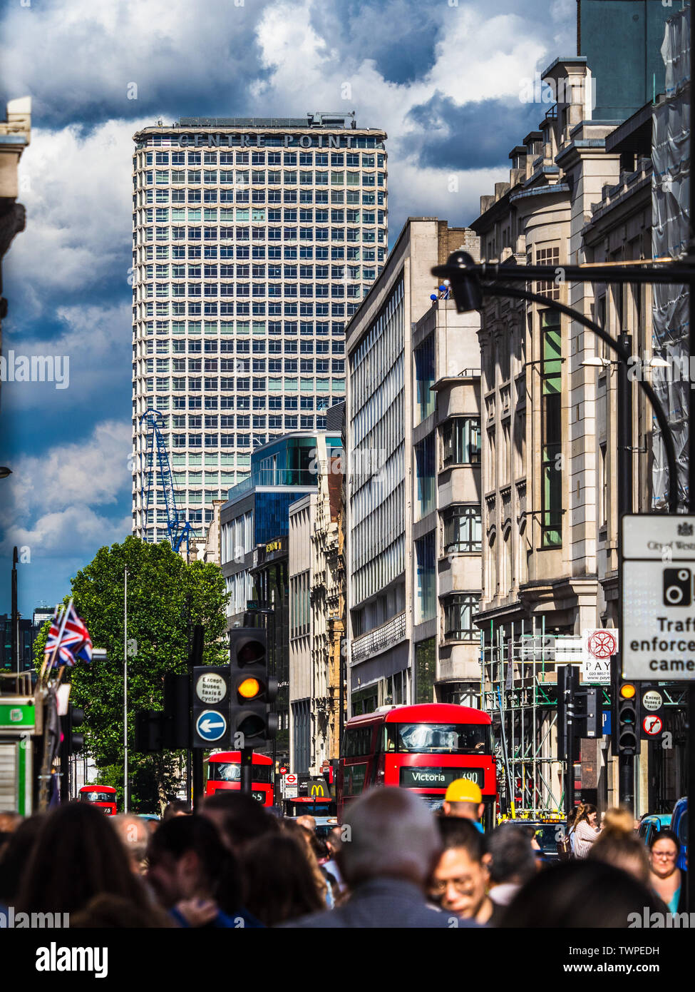 Oxford Street London and Centre Point, a 33 storey tower block completed 1966 architect  George Marsh of R. Seifert and Partners - Stock Image