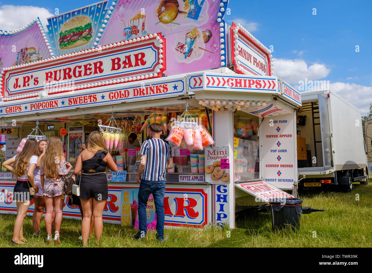 Cambridge, UK. 22nd June 2019. The Saturday of the historic annual midsummer fair attracts many traveller communities from around the UK. Market stalls offer goods, and a mix of new and traditional fairground rides entertain the crowds. CamNews / Alamy Live News Stock Photo