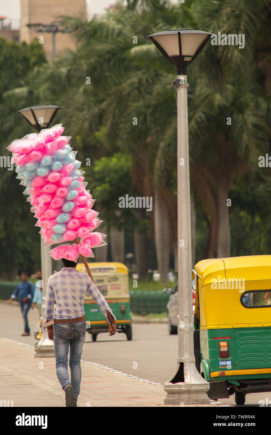 Bangalore, Karnataka India-June 04 2019 : Street Vendor selling Cotton candy or bombay mithai or panju mittai sweet In Indian near Vidhana Soudha, Ben - Stock Image