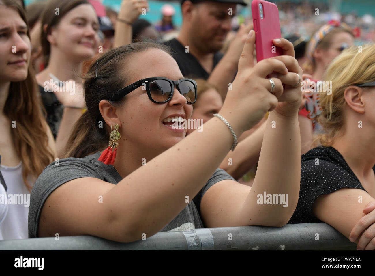 London, UK. 23rd June, 2019. Selfies obsessive at West End Live 2019 - Day 2 in Trafalgar Square, on 23 June 2019, London, UK. Credit: Picture Capital/Alamy Live News - Stock Image