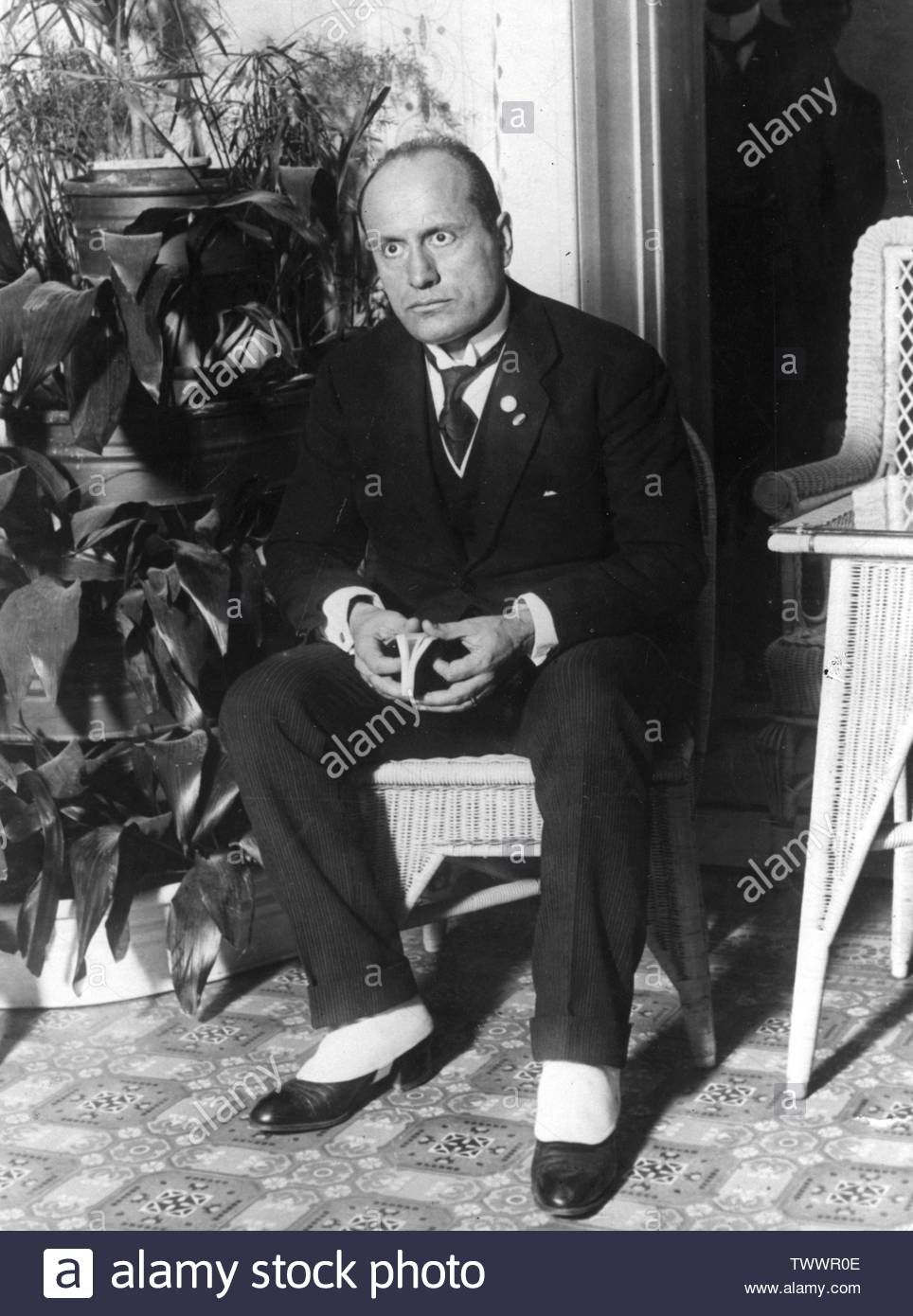 """""""English: November 1922:  Italian fascist dictator Benito Mussolini (1883 - 1945).  (Photo by Topical Press Agency/Getty Images); November 1922; https://www.pinterest.com/giseeledanduran/mussolini-and-facism/; Topical Press Agency; """" Stock Photo"""
