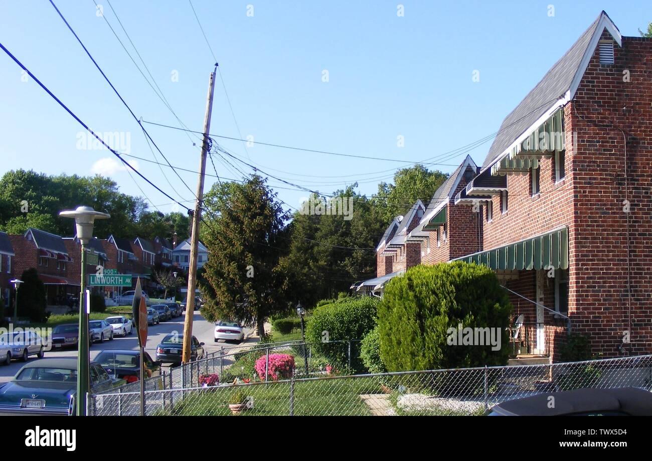 row homes in wilson park; may, 2008 (Uploaded on Commons at 2012-01-20 19:03:43 (UTC)/Originally uploaded at 2008-05-11 05:24:49); self-made (Originally uploaded on en.pedia); Marylandstater (talk) (Transferred by Cloudbound/Originally uploaded by Marylandstater); Stock Photo