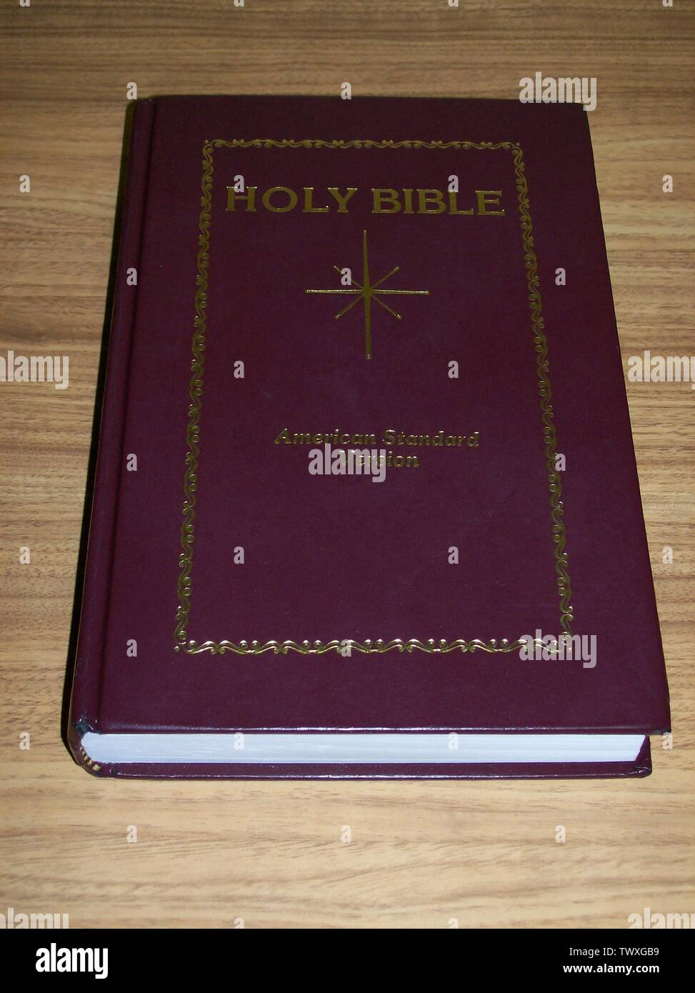 'English: This is a photo I took of my personal copy of Star Bible's re-release of the American Standard Version on September 15, 2007 at about 7:15 pm CDT. I created the photo. The American Standard Version, formerly a copyrighted work, has passed into the public domain. No challenge to Star Bible's ability to sell the ASV is implied. This image is being inserted into the article on the American Standard Version.; 16 September 2007 (original upload date); Transferred from en.wikipedia to Commons by Liftarn using CommonsHelper.; JoBrLa at English Wikipedia; ' - Stock Image