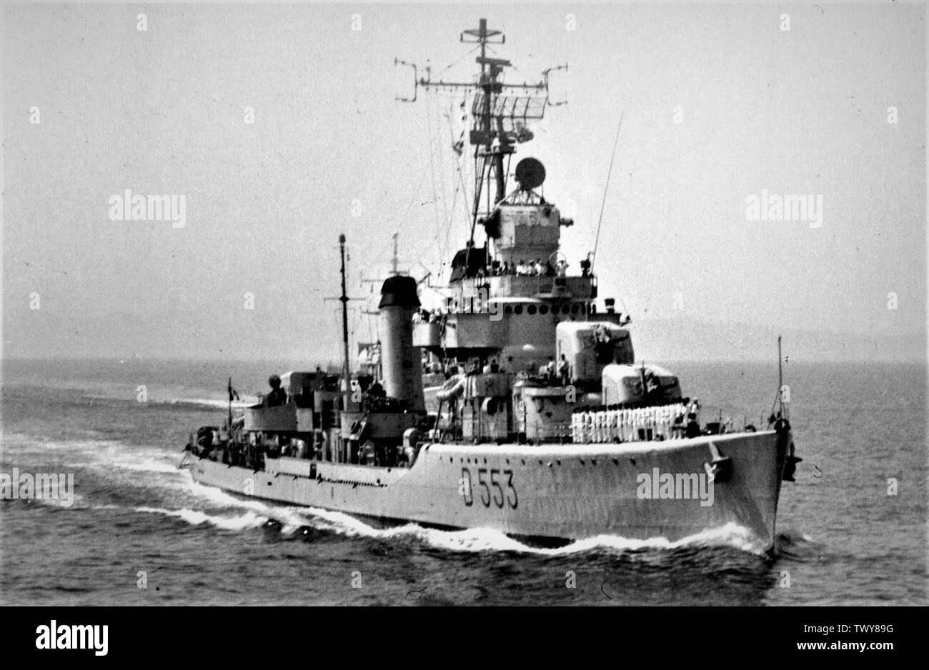 'The destroyer Artigliere (D 553) in navigation.; Unknown dateUnknown date; it.Wikipedia; unattributed; ' - Stock Image