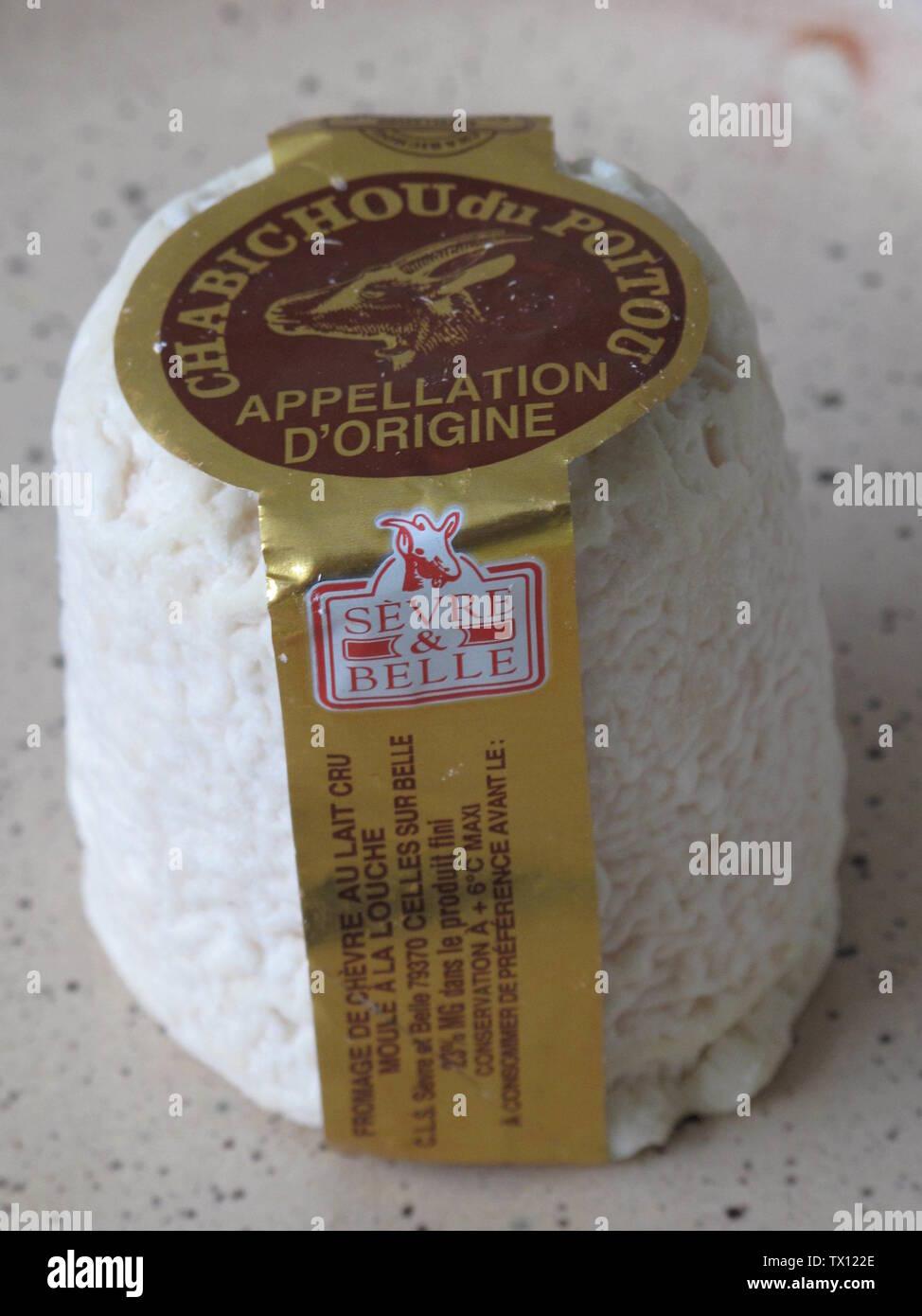 'English: Chabichou du Poitou goat's cheese with its term of origin (Appellation d'origine) Français: Fromage de chèvre Chabichou (Appellation d'origine); 6 February 2010; Own work; Tangopaso; ' - Stock Image