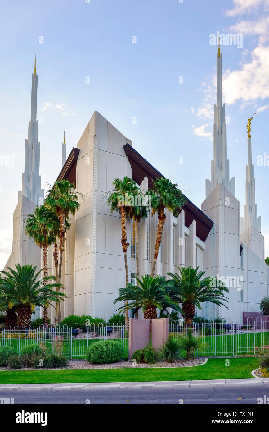 Las Vegas Mormon Temple 827 Temple View Dr Las Vegas Nv 89110 Stock Photo Alamy