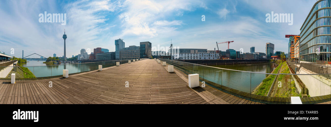 Media Harbour and TV tower, Düesseldorf, Germany - Stock Image