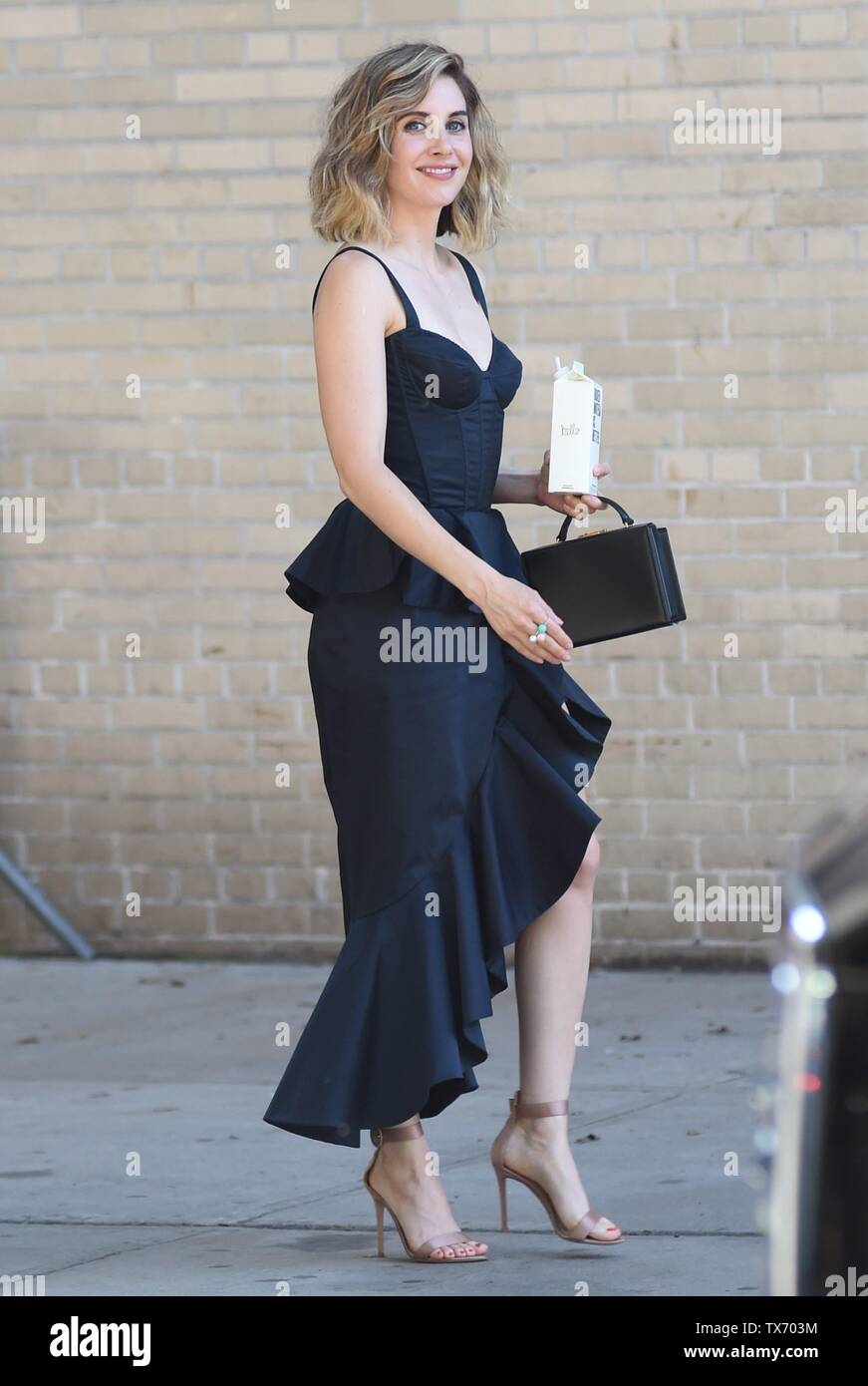 Alison Brie out and about for Celebrity Candids - SUN, , New York, NY June 23, 2019. Photo By: Kristin Callahan/Everett Collection - Stock Image