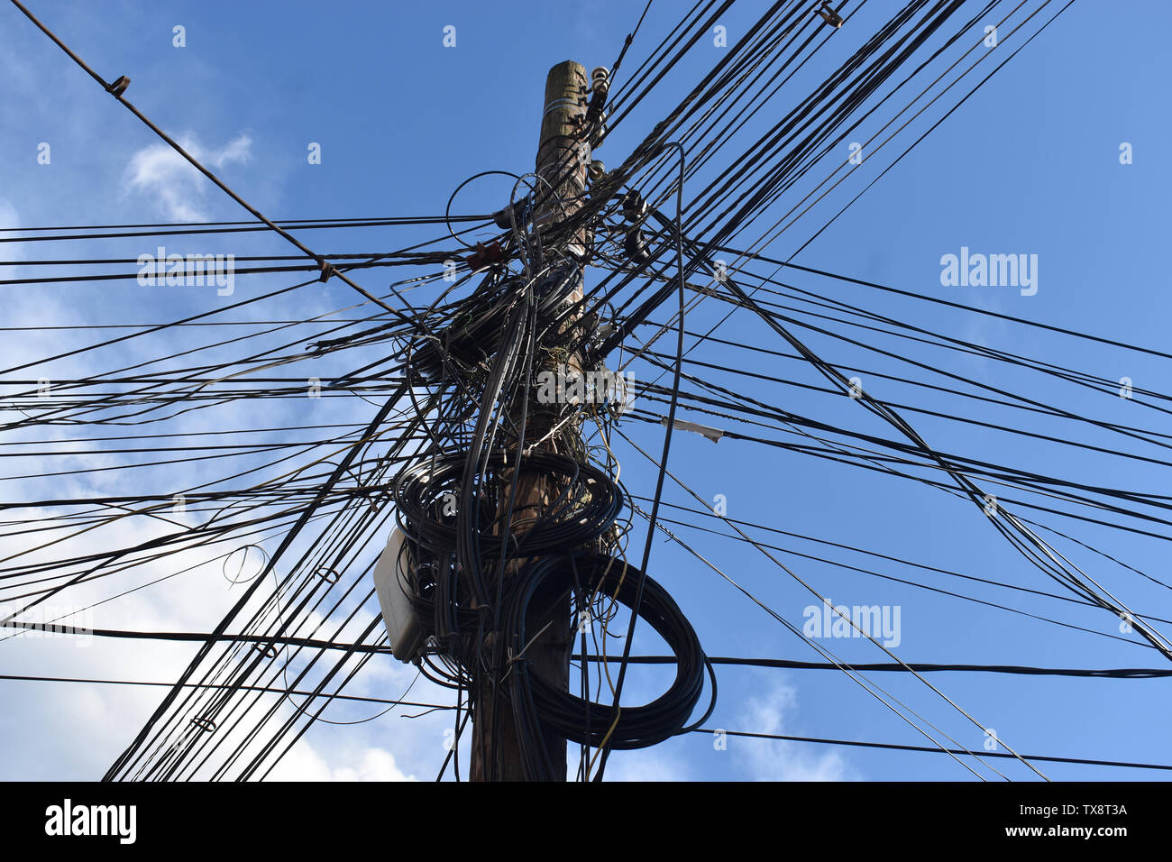 Messy Electrical Cables On Pole Stock Photos & Messy Electrical