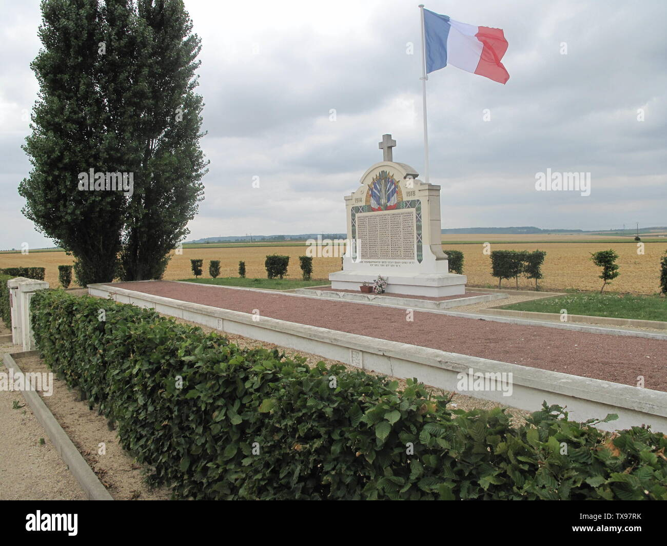'English: Memorial of Chauconin-Neufmontiers, Seine-et-Marne, France. It contains the remainings of 133 French soldiers fallen here during a counter-attack in september 1914, at the beginning of the WWI. Among them, their leutnant, the French writer Charles Péguy 1873-1914) Français: Memorial de Chauconin-Neufmontiers en Seine-et-Marne. Il contient les restes de 133 soldats tombés à cet endroit lors d'une contre-offensive de septembre 1914. Parmi eux, leur lieutenant, Charles Péguy (1873-1914).; 25 July 2010; Own work; Tangopaso; ' - Stock Image