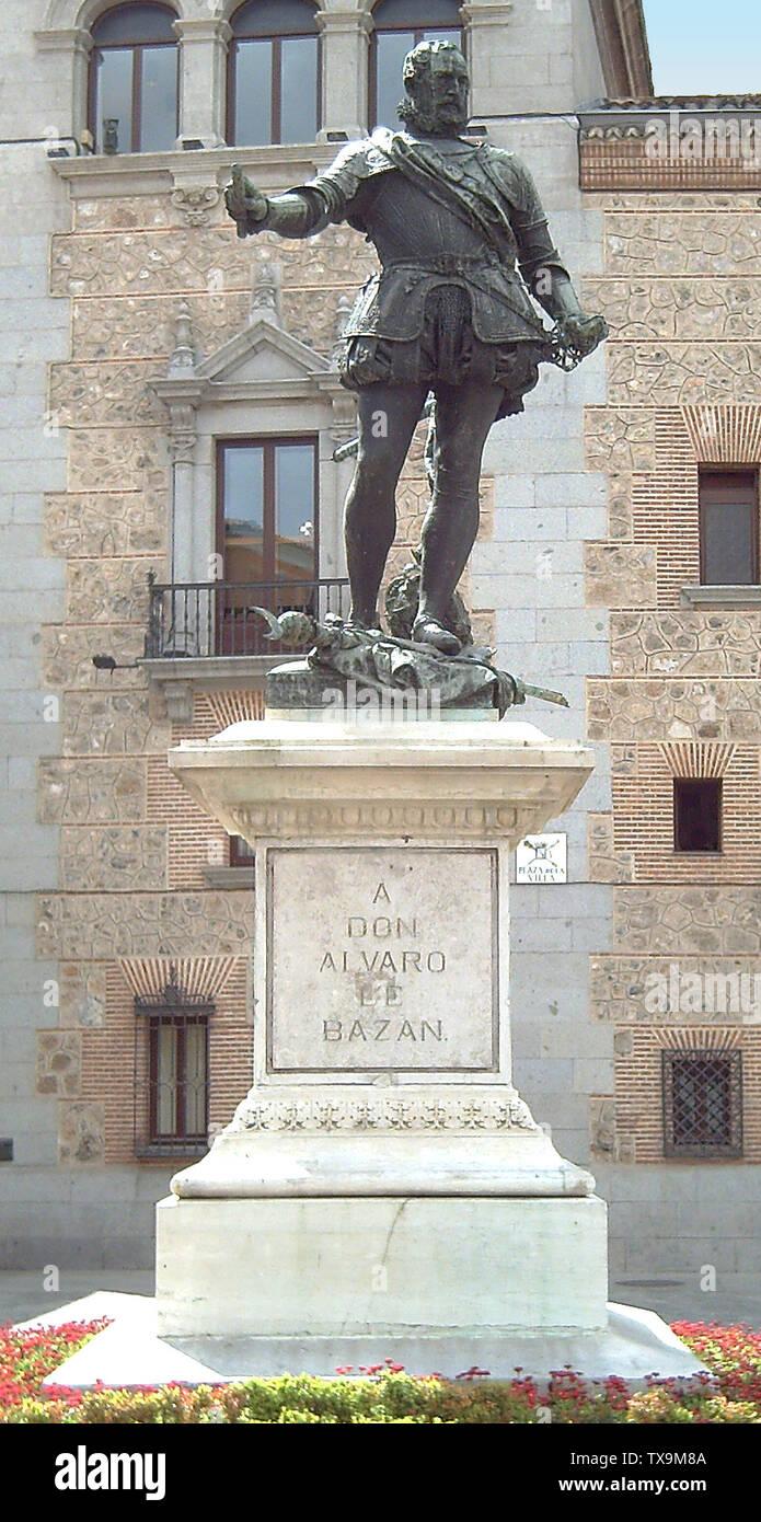 'English: Monument to Álvaro de Bazán (1526–1588) at the Plaza de la Villa in Madrid (Spain). Inaugurated in 1891. Made of marble and bronze by sculptor Mariano Benlliure (1862–1947). Measurements: statue 2.20 metres; pedestal 1.90 metres. Español: Monumento a Don Álvaro de Bazán (1526–1588) en la Plaza de la Villa de Madrid (España). Inaugurado en 1891. Realizado en mármol y bronce por el escultor Mariano Benlliure (1862–1947). Medidas: estatua 2,20 metros; pedestal 1,90 metros.; 17 April 2006; Own work; Luis García (Zaqarbal); ' - Stock Image