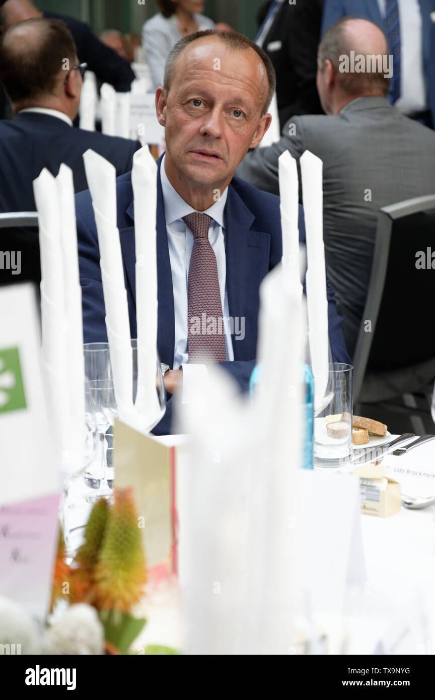"""24 June 2019, North Rhine-Westphalia, Duesseldorf: The CDU politician Friedrich Merz sits at his table at the Ständehausreff of the """"Rheinische Post"""". Photo: Henning Kaiser/dpa Stock Photo"""