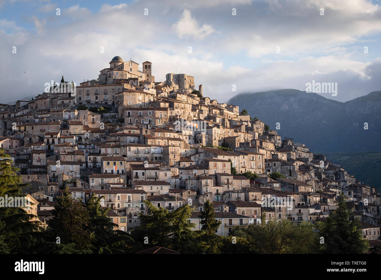 The ancient town of Morano Calabro at sunrise, Calabria, Italy - Stock Image