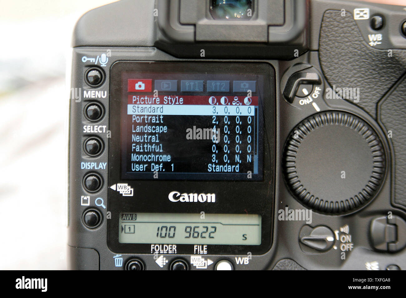 Canon Introduces The Newest Professional Digital Eos 1d Mark Ii N Model Camera At Ifa 2005 World Of Consumer Electronics Trade Fair In Berlin Germany September 6 2005 2005 Successor To The