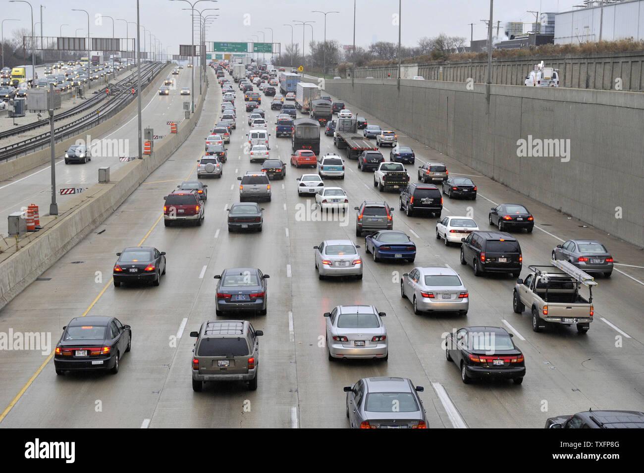Chicago Traffic Rush Hour Stock Photos & Chicago Traffic Rush Hour