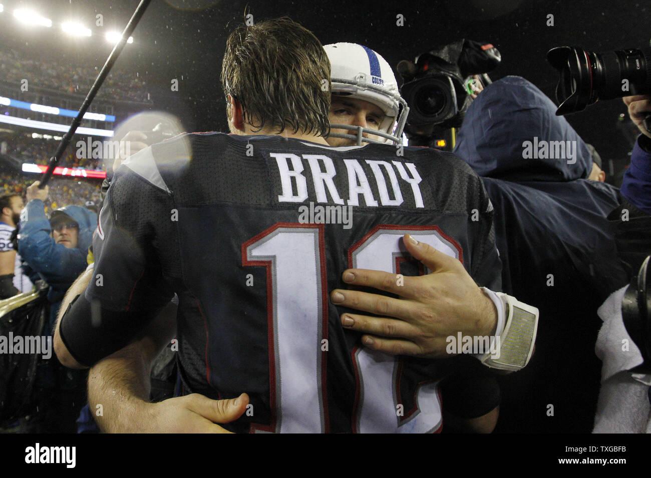 New England Patriots quarterback Tom Brady (12) shakes hands