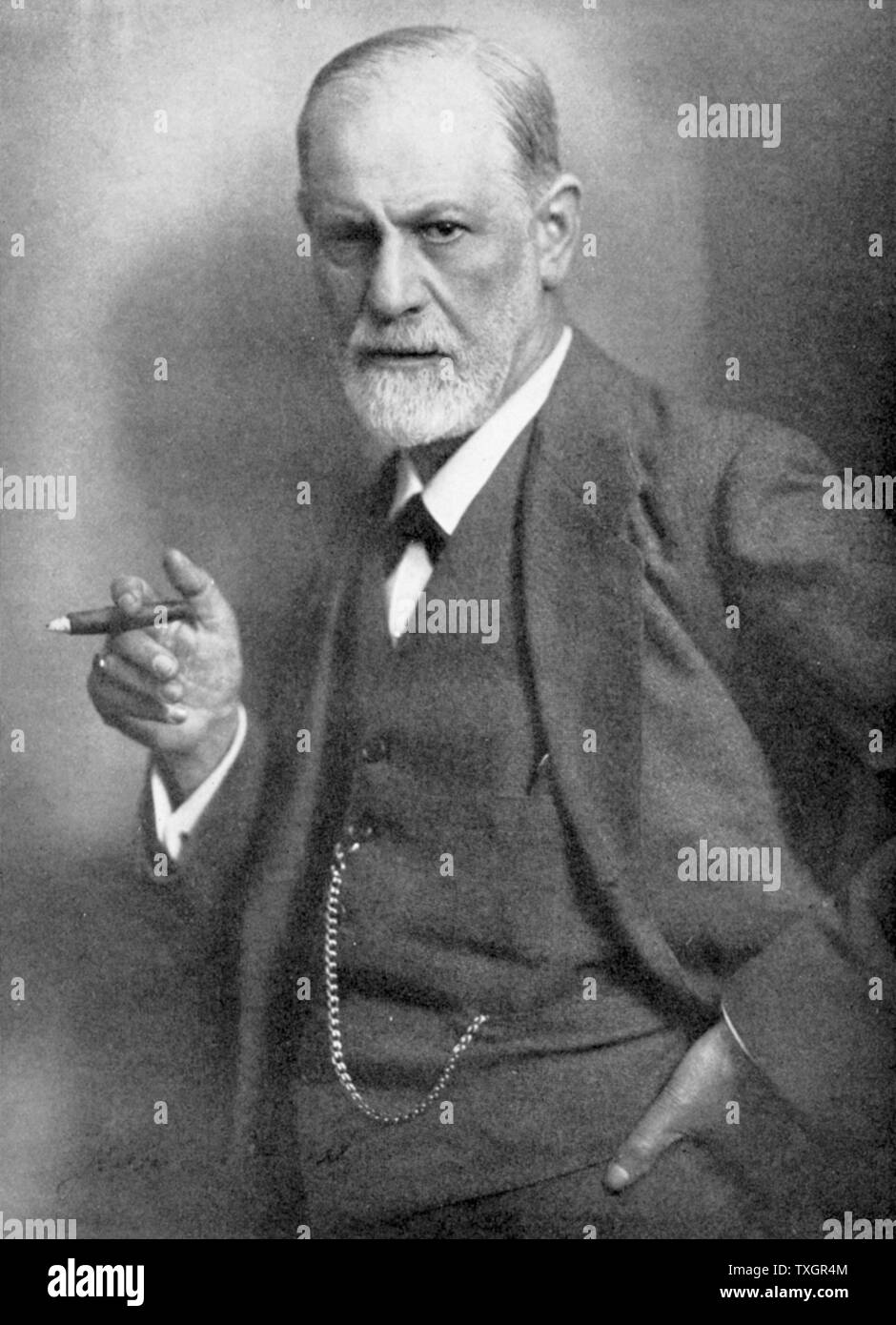 Sigmund Freud ; Austrian neurologist and psychiatrist, he is considered as the father of psychoanalysis. Photographed by Max Halberstadt in 1922. - Stock Image