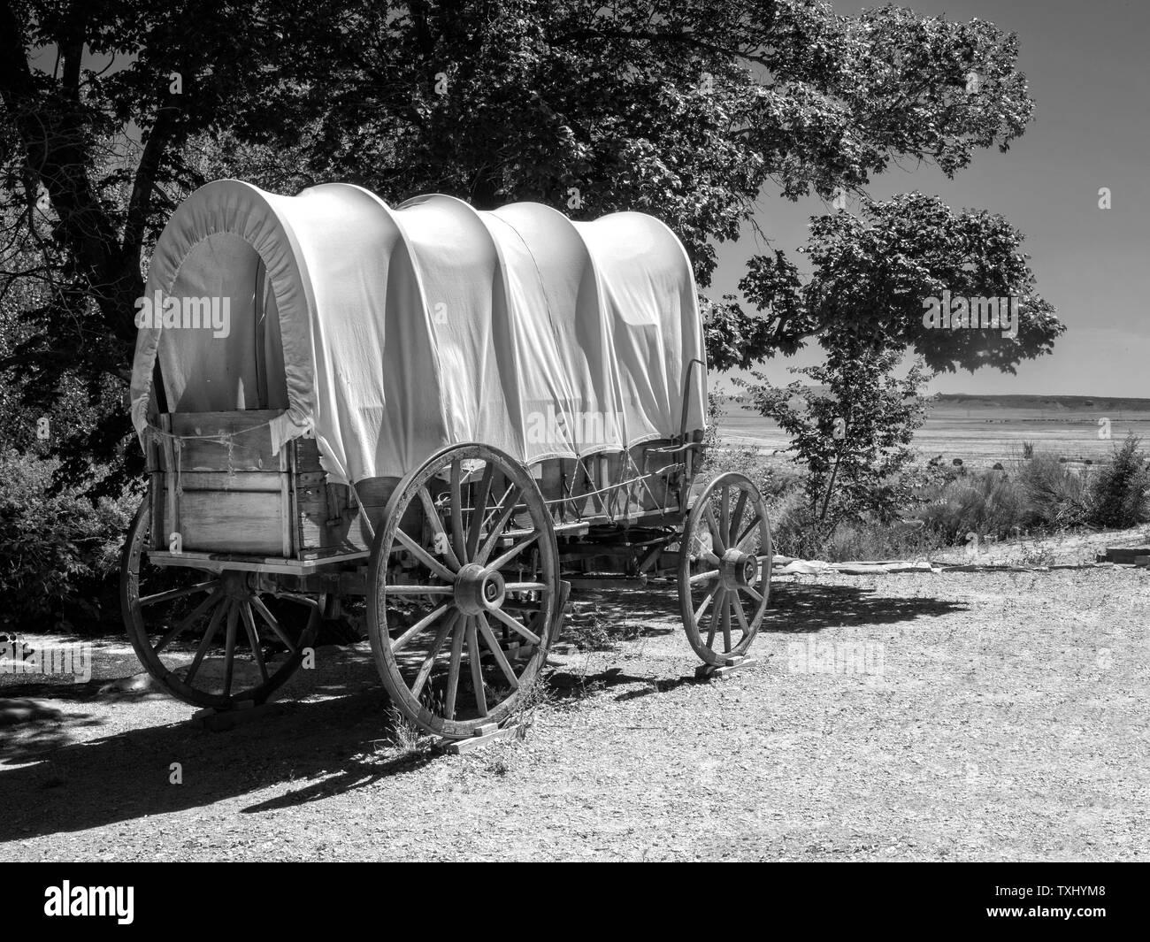 Chuck Wagon Stock Illustrations – 39 Chuck Wagon Stock Illustrations,  Vectors & Clipart - Dreamstime