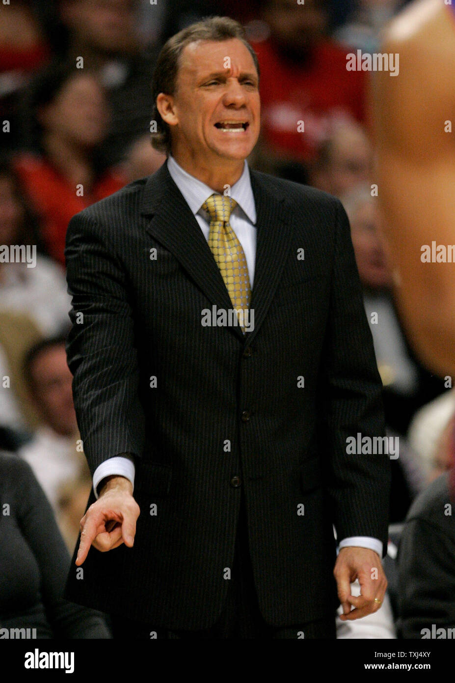 Detroit Pistons head coach Flip Saunders yells to his team as they play the Chicago Bulls during the second quarter in Chicago on November 8, 2007.  (UPI Photo/Brian Kersey) Stock Photo