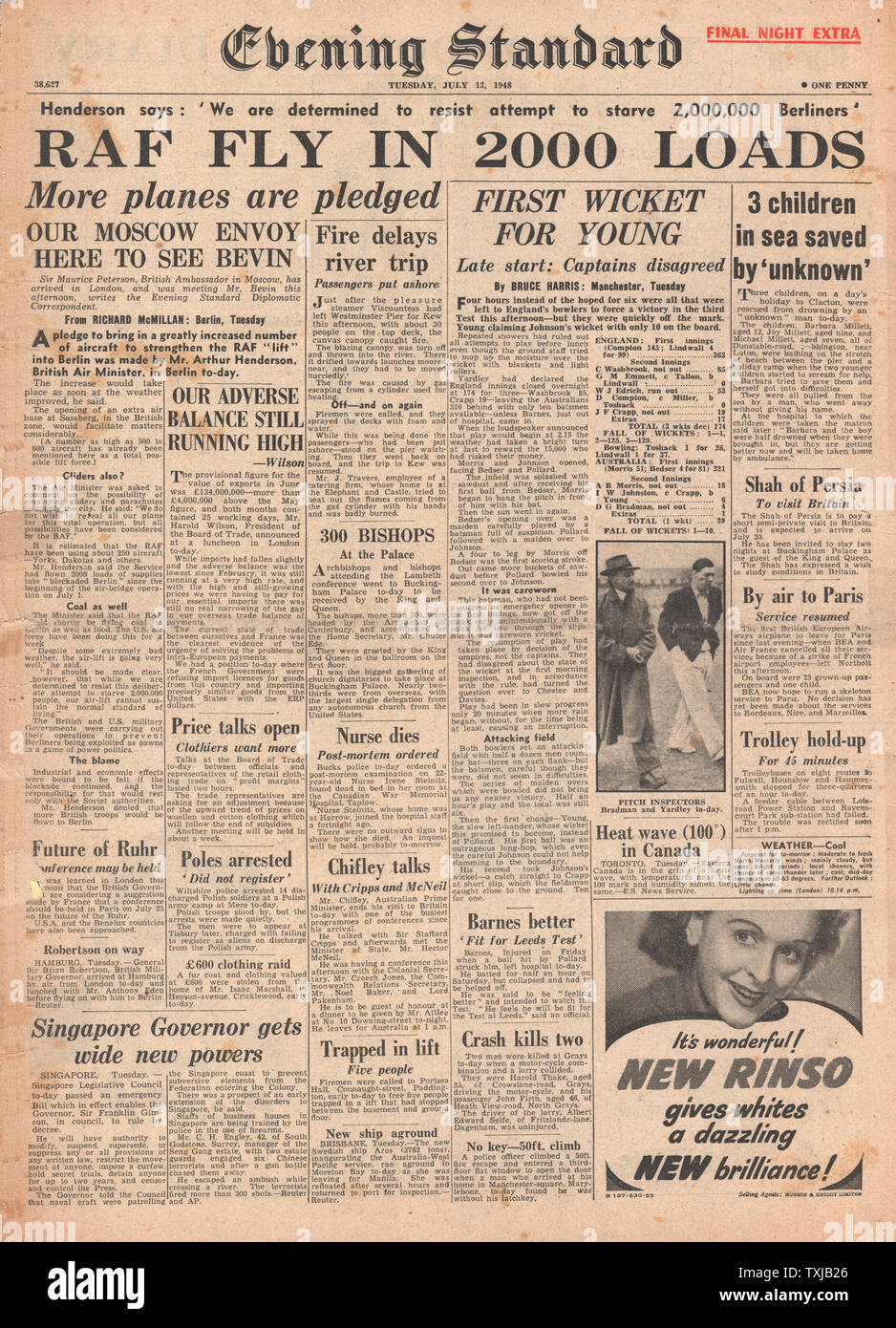 1948 Evening Standard newspaper front page Berlin Airlift Stock ...