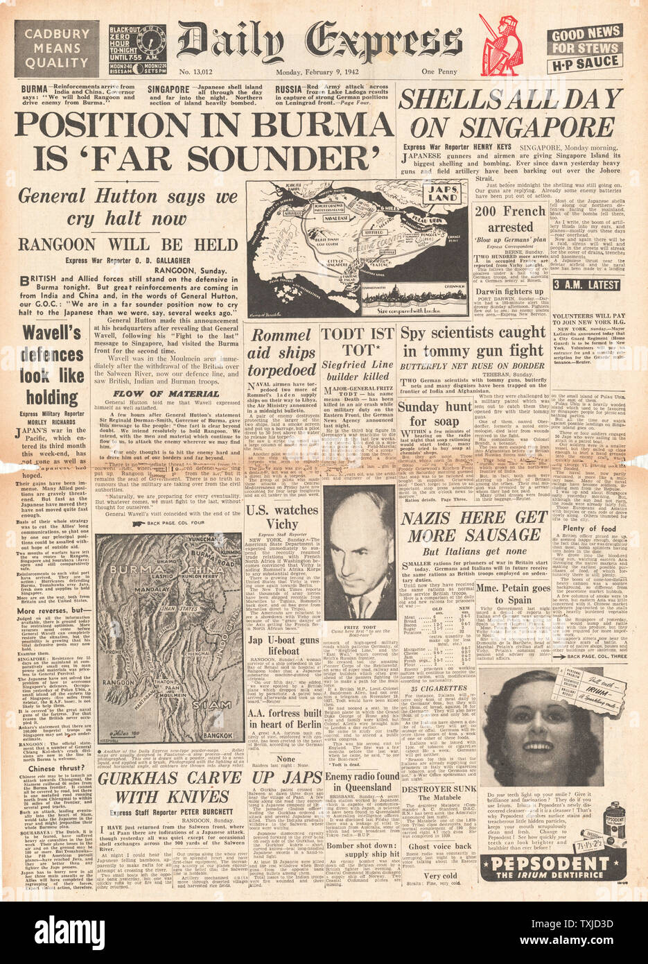 1942 front page Daily Express Battle for Burma and Singapore Stock Photo
