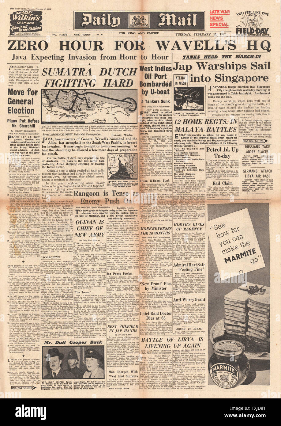 1942 front page  Daily Mail Battle for Sumatra and Japanese Warships sail into Singapore Stock Photo